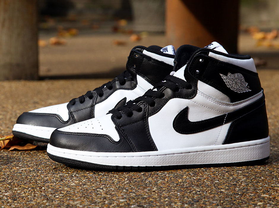 black and white air jordans 1